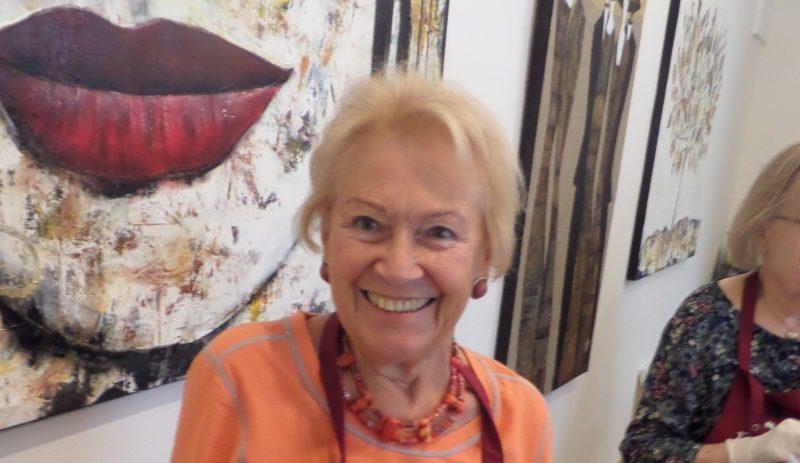 Helga Arnold